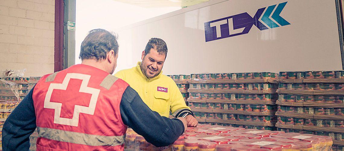 TLX ayuda a Cruz Roja y al Banco de Alimentos en la distribución de alimentos